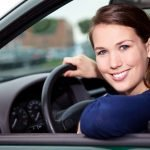 Common Signs Of Distracted Driving and Tips To Avoid Such Drivers On The Road